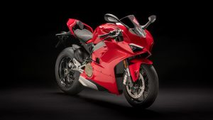 Panigale-V4-MY18-Red-01-Slider-Gallery-1920x1080[1]